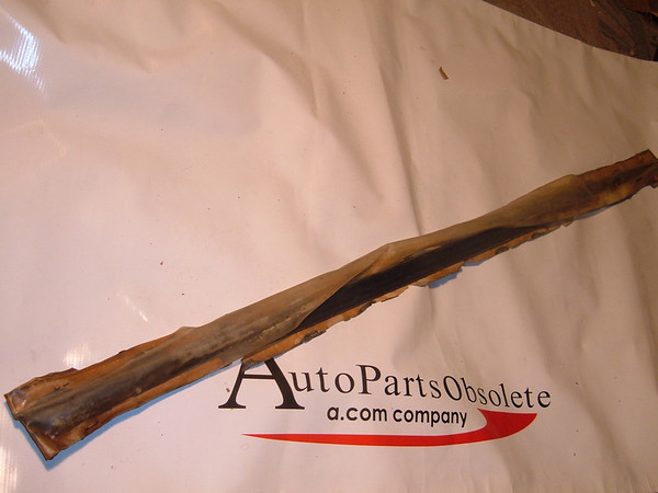 65,66,67,68 ford galaxie window weatherstrip nos ford # C5AZ 6321456 B (z c5az6321456b)