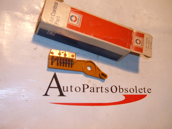 71.73,75,77 cadillac ,chevrolet air conditioning lever nos gm # 7931934 (z 7931934)