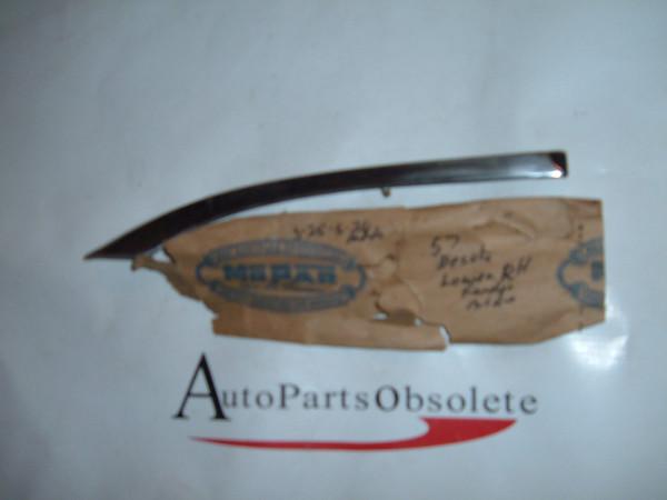 1957 desoto front fender molding NOS mopar # 1686738 (z 1686738)