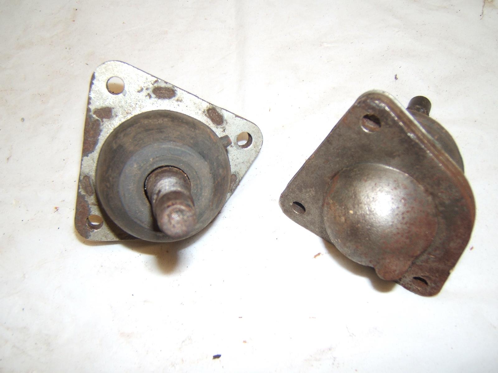 1964 -67 Nova upper Ball joints pr gm 3862153 (a 3862153pr)