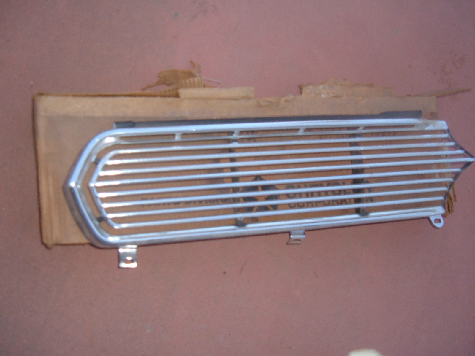 1966 plymouth fury grille assembly nos mopar # 2578221 (z 2578221)