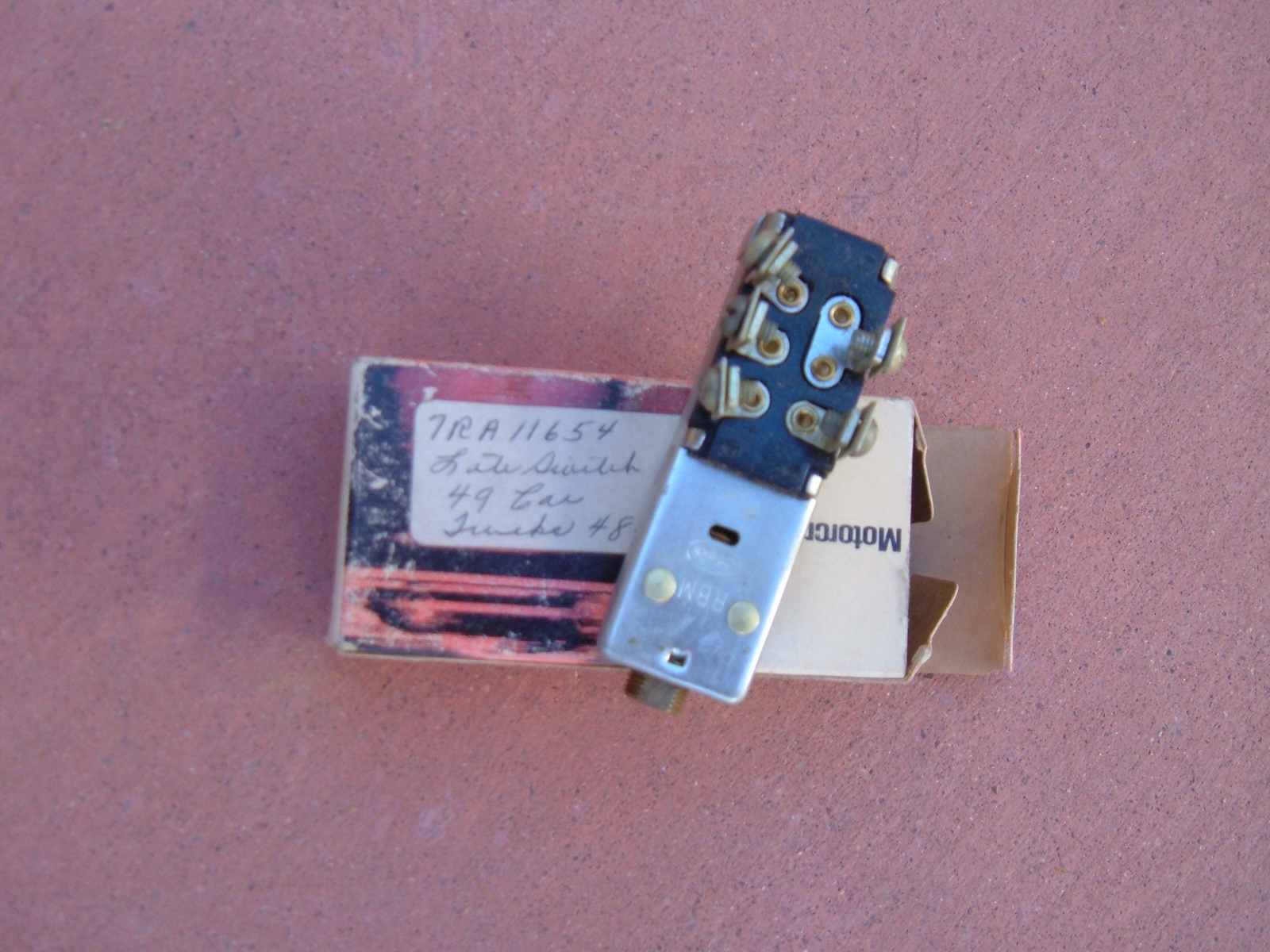 1949 ford 1948 49 50 ford truck Head light switch nos ford 7RA-11654 (z 7ra-11654)