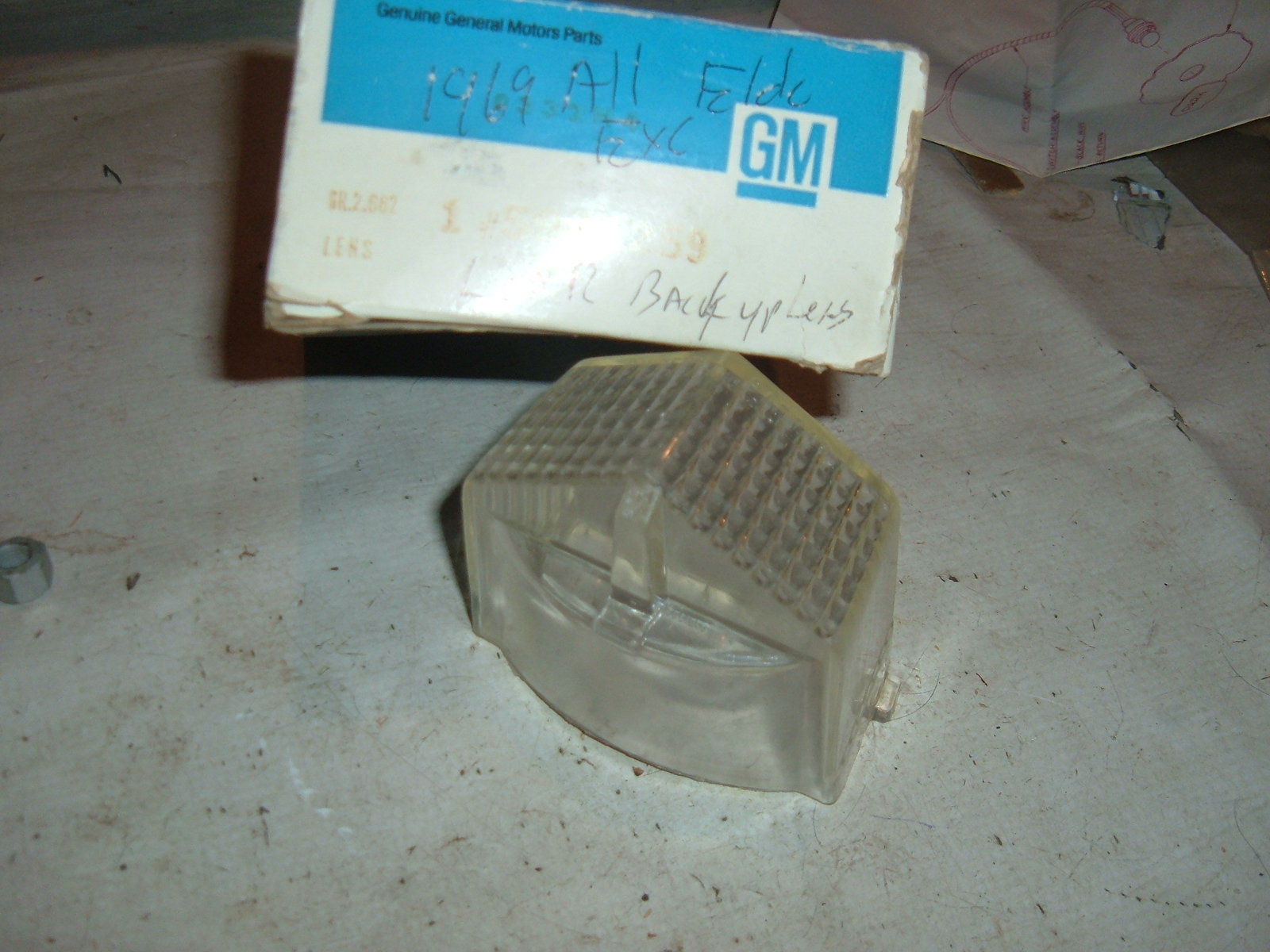 1969 cadillac reverse light lens nos gm # 5961259 (z 5961259)