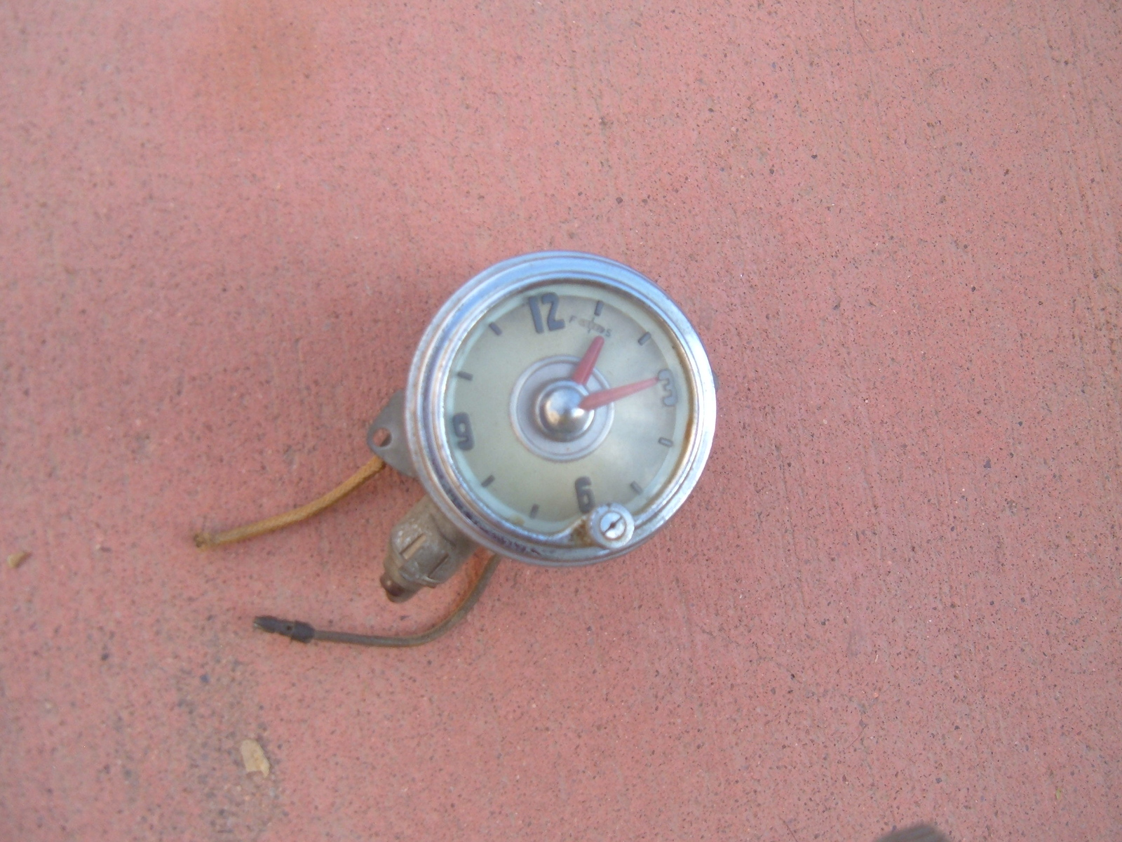 1949 50 51 52 oldsmobile dash clock electric good used (z 49-52oldsclock)