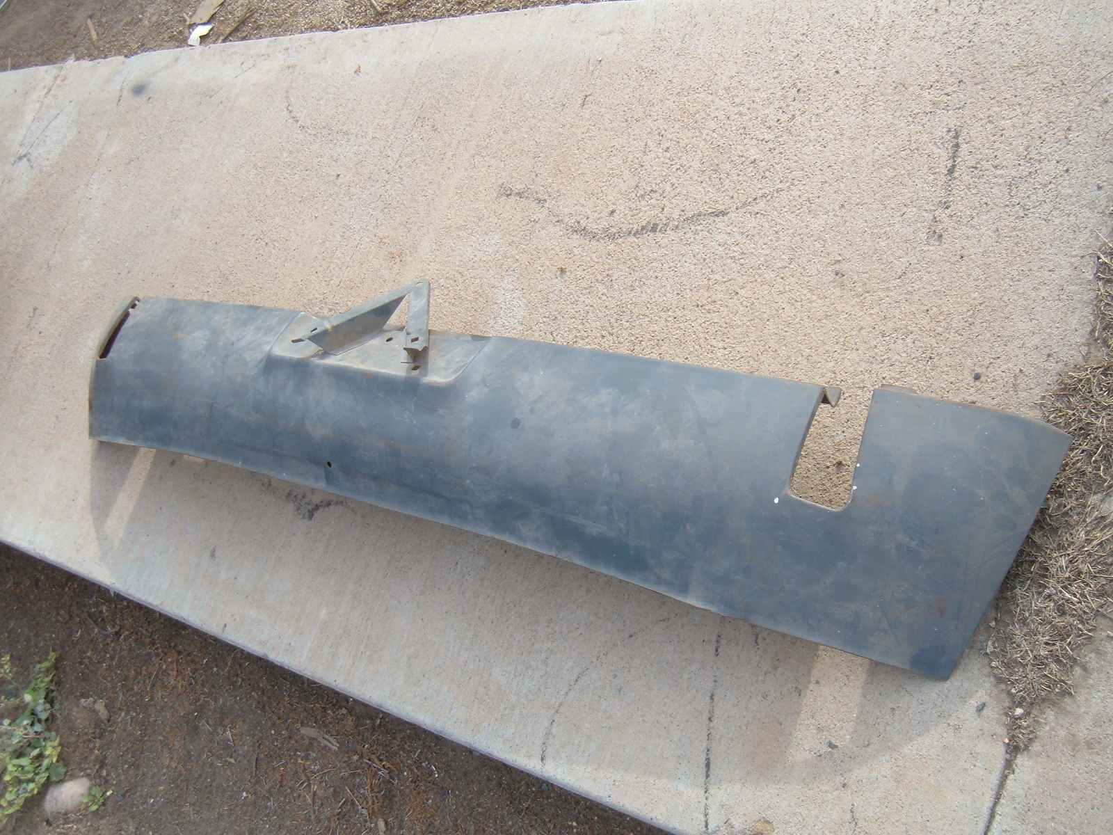 1971 72 73 74 dodge challenger rear lower valance noa mopar # 3616800 (z 3616800)